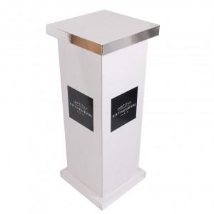 podium-en-carton
